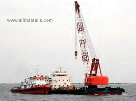 2005 Built Non- Propelled Floating Crane Barge For Sale