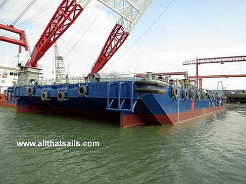 Deck Cargo Ballaste Tank Barge For Charter